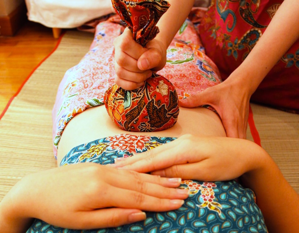 AllTenTic Postnatal Jamu Massage
